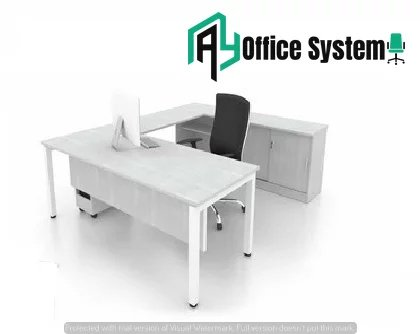 6 Feet Managerial Level Office Table