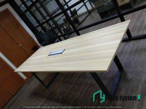 6 Feet O Metal Leg Meeting Table